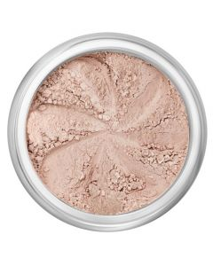 Lily Lolo Sand Dune Eyes: Vegan Friendly, Gluten Free. Demi-matte nude beige is a highly pigmented mineral eye shadow for a long lasting and durable finish. Create sheer or intense washes of colour, with shades which work both wet and dry.